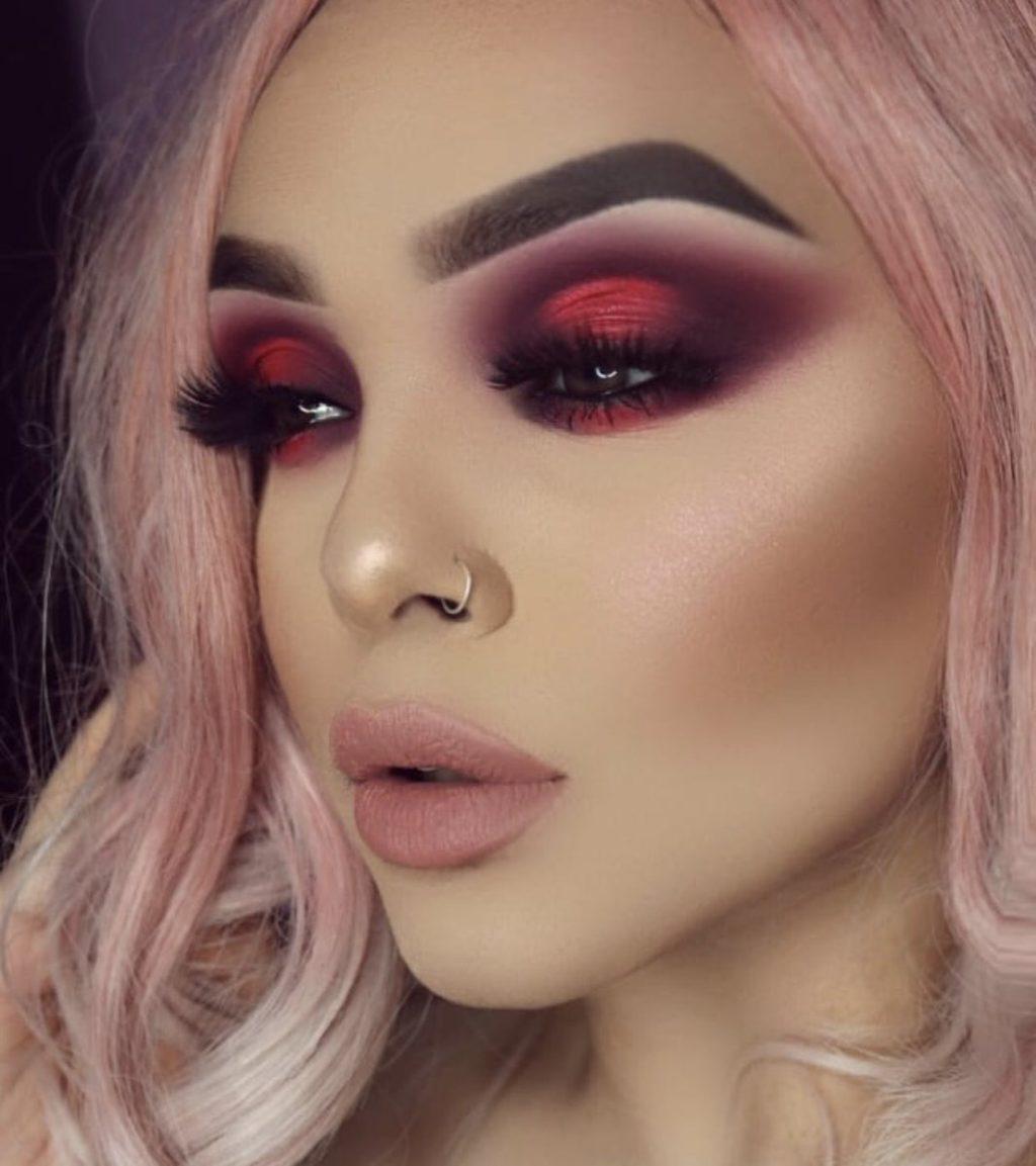 красивый макияж проститутки